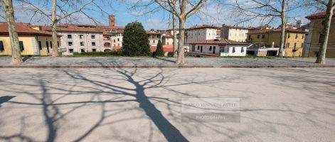 One day, one camera and one lens in Lucca